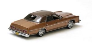 NEO Scale Models 1973 Ford LTD 2